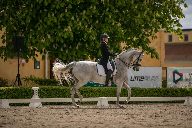 Vilja och Marianne GP på Flyinge